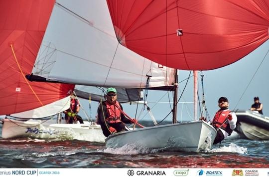 Piątek należał do klas Nautica 450 i Flying Dutchman